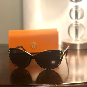 Tory Burch 7092 sunglasses
